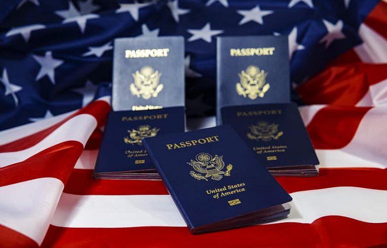 ¿Quién es Elegible para Convertirse en Ciudadano Estadounidense Naturalizado?